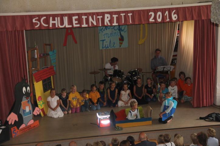 Schuleintritt SCHKOLA Oberland